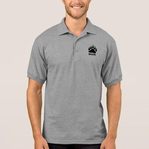 Oso gay del símbolo de la pata de oso negro camiseta