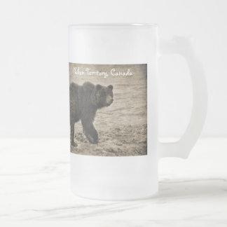 Oso grizzly en antigüedad tazas de café