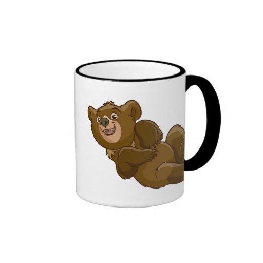 Oso Koda de Brother que miente abajo Disney Taza De Café