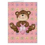 oso lindo de los chocolates de la tarjeta del día