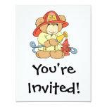 Oso lindo del bombero del bombero invitaciones personales
