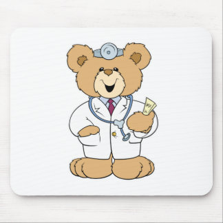 Oso lindo del doctor peluche mouse pads