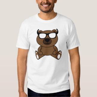 Oso marrón fresco con la camiseta de las gafas de  playera