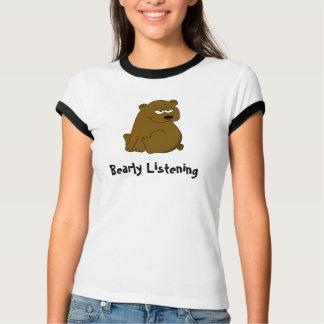 Oso marrón que escucha de Bearly Playeras