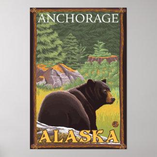 Oso negro en el bosque - Anchorage, Alaska Póster