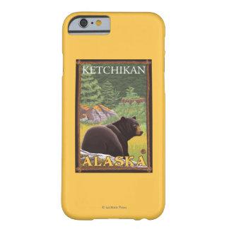 Oso negro en el bosque - Ketchikan, Alaska Funda De iPhone 6 Barely There