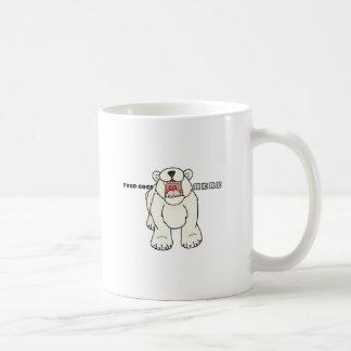 Oso polar hambriento taza clásica