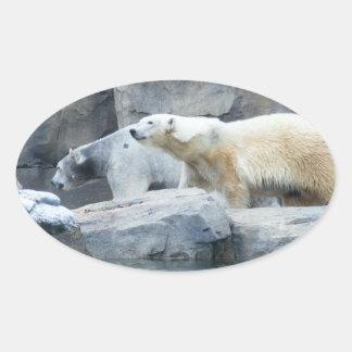 Oso polar: Nakita y Berlín Pegatina Ovalada