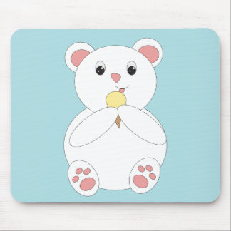 Oso polar que come el helado tapete de ratones
