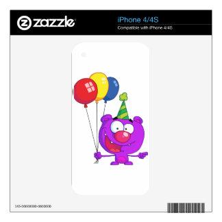 Oso púrpura que lleva sosteniendo los globos del calcomanías para iPhone 4