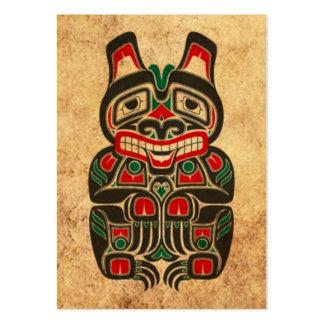 Oso rojo y verde del vintage del Haida del alcohol Tarjeta De Visita
