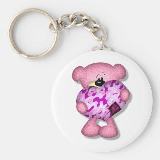 oso rosado del corazón del camo llaveros