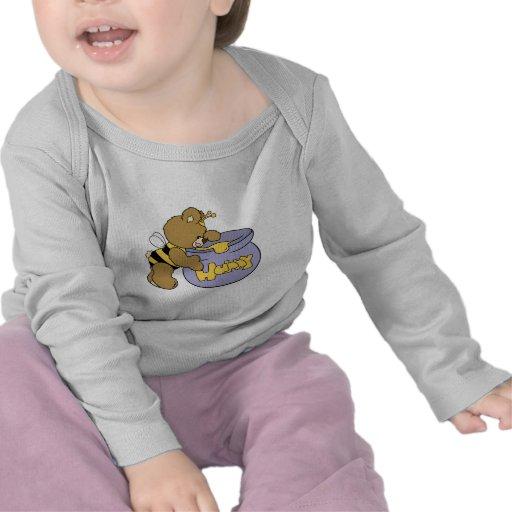 Oso tonto de la abeja de la miel camisetas