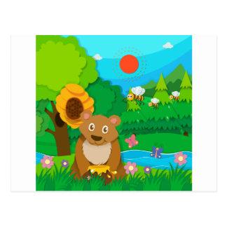 Oso y abejas en el bosque postales