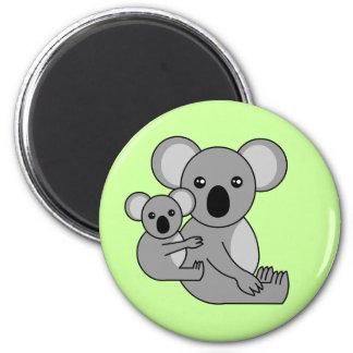 Oso y bebé lindos de koala imán redondo 5 cm