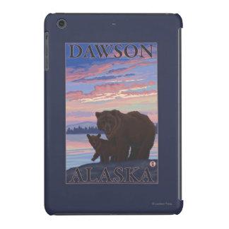Oso y Cub - Dawson, Alaska Fundas De iPad Mini Retina