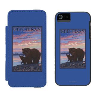 Oso y Cub - Ketchikan, Alaska Funda Billetera Para iPhone 5 Watson