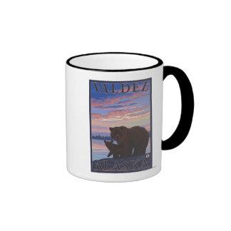 Oso y Cub - Valdez Alaska Tazas De Café