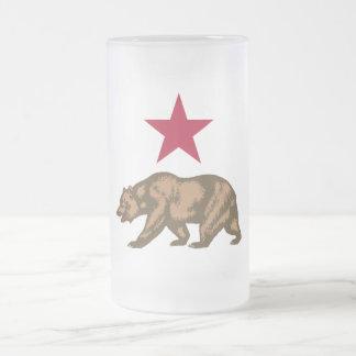 Oso y estrella de la república de California Taza De Cristal