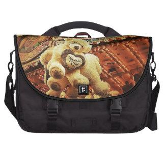 Osos de peluche lindos en el carnaval bolsas para portátil