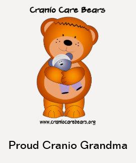 Osos del cuidado de Cranio - abuela orgullosa de C Camiseta