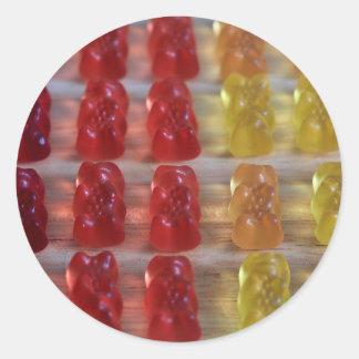 Osos gomosos del oso del oro pegatina redonda