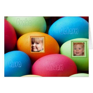 Ostereier multicolores tarjeta de felicitación