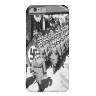 Osterreich wird Deutsche.  Einmarsch_War image Barely There iPhone 6 Case