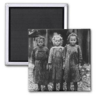 Ostra Shuckers, 1900s tempranos de la chica joven Imán Cuadrado