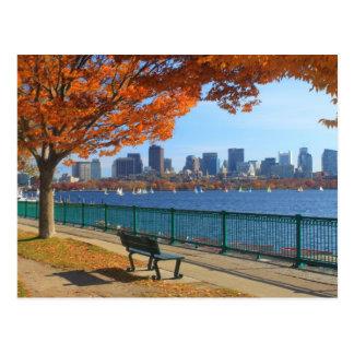 Otoño de Boston el río Charles Tarjeta Postal