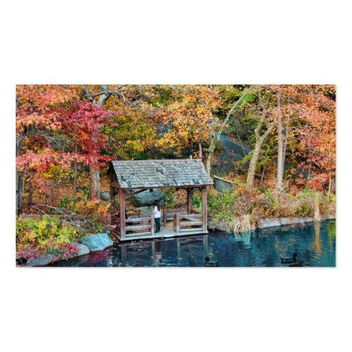 Otoño del Central Park de NYC, el lago y poco muel Tarjetas De Negocios