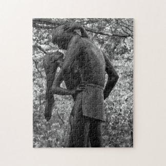 Otoño del Central Park: Estatua 01 B&W de Romeo y Rompecabezas
