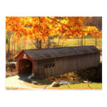 Otoño del puente cubierto de Guilford Vermont Postal