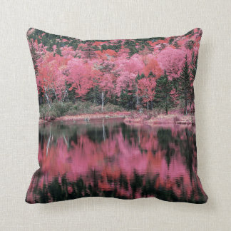 Otoño en almohada rosada