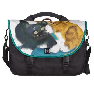Otra más pelea entre dos gatitos bolsas de ordenador
