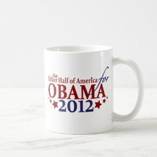 Otra mitad de América para Obama 2012 Taza Clásica