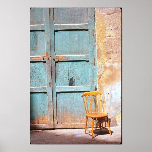 Otra silla vieja poster