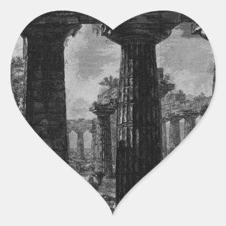 Otra vista de la fachada de los pronaos Juan Pegatina En Forma De Corazón