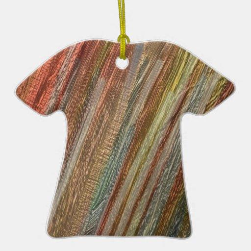otro arco iris, verde marrón adorno navideño de cerámica en forma de playera
