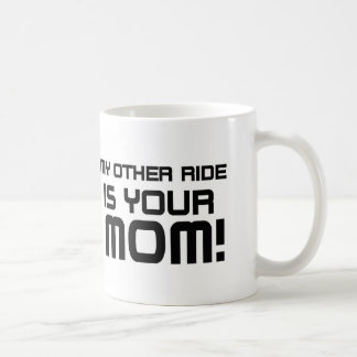Otro monta a su mamá taza