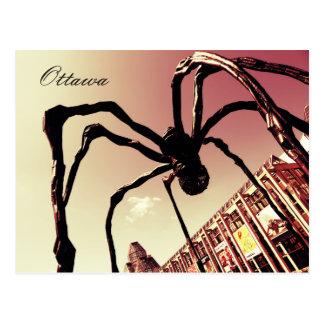 Ottawa, araña gigante Maman Postales