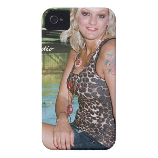 Our 4th PROLOOK HOTSHOTS MODEL - Simoriah Gosnell iPhone 4 Case