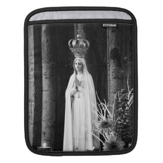 Our Lady of Fatima Sleeve For iPads