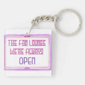 Out of Towner Lounger Keychain Pink/black
