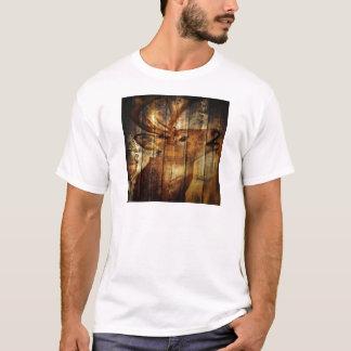 Outdoorsman primitive barn wood whitetail deer T-Shirt