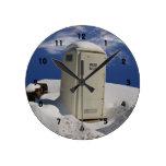 OutHouse WiFi ~ Clock
