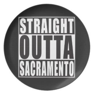 Outta recto Sacramento California Platos De Comidas