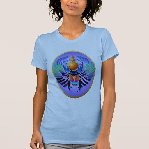 Óvalo caliente de la luz del escarabajo tee shirts