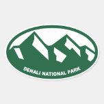 Óvalo del parque nacional de Denali Calcomania De Oval Personalizadas