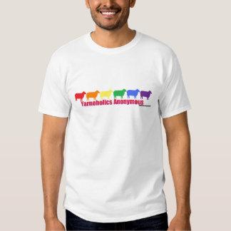 Ovejas anónimas del arco iris de Yarnoholics Remeras